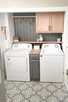 Mudroom Laundry Room, Laundry Room Remodel, Laundry Room Organization, Laundry Room Design, Laundry In Bathroom, Laundry Room Small Ideas, Laundry Room Makeovers, Farmhouse Laundry Rooms, Organized Laundry Rooms