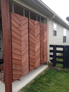 70 Gorgeous Backyard Privacy Fence Decor Ideas on A Budget – Home Design Hot Tub Backyard, Ponds Backyard, Backyard Fences, Wedding Backyard, Backyard Landscaping, Landscaping Ideas, Backyard Privacy Screen, Outdoor Privacy, Outdoor Decor