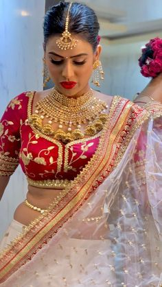 Bridal Makeover, Indian Blouse, Indian Designer Outfits, Indian Beauty, Sari, Celebs, Actresses, Actors, Photo And Video