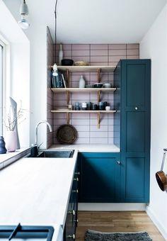 Vi giver dig den ultimative guide til, hvordan du bedst muligt indretter og udnytter pladsen i dit køkken.