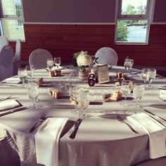 Guest table- Carleen and Russell (August 2014)