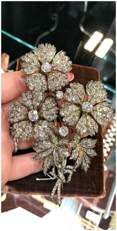 favorite jewels of A fantastic antique diamond flower brooch. Seen at Faerber NY at the Original Miami Antique Show.A fantastic antique diamond flower brooch. Seen at Faerber NY at the Original Miami Antique Show. Sea Glass Jewelry, I Love Jewelry, Fine Jewelry, Victorian Jewelry, Antique Jewelry, Vintage Jewelry, Antique Decor, Antique Toys, Antique Furniture