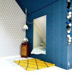 Kinderkamer / Children's room with Edward van Vliet layers wallpaper by Frivole - BN Wallcoverings