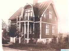 1920-tal liggande stående panel,lantligt Swedish Cottage, Swedish House, Dutch Colonial, Interior Inspiration, Beautiful Homes, House Plans, Villa, Cabin, Architecture