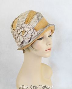 Vintage 1920s Hat Flapper Cloche, with velvet and ruching.  Amazing.  Originally the ruching was a bright blue.