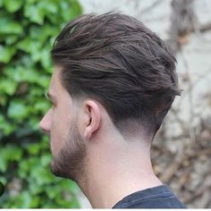Cool and Trendy Men Haircut Styles 2019 to Look More Stylish This Year – - Men Hairstyles Medium Length Hair Men, Medium Hair Cuts, Medium Hair Styles, Short Hair Styles, Mens Medium Length Hairstyles, Cool Haircuts, Haircuts For Men, Hairstyles Haircuts, Straight Hairstyles