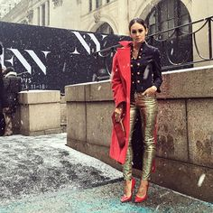 Sylwia Nowak na New York Fashion Week       Zobacz cały artykuł na naszej stronie: http://fashionmedia.pl/2016/02/22/sylwia-nowak-na-new-york-fashion-week/  Kategorie: #ModaDamska, #PokazyMody Tagi: #SylwiaNowak