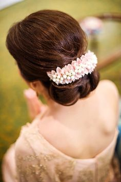 Trendy South Indian Bridal Hairstyles Buns 36 Ideas - New Site Indian Wedding Hairstyles, Bride Hairstyles, Hairstyles Haircuts, Bridal Hair Inspiration, Style Inspiration, Bridal Hair Buns, Super Hair, Floral Hair, Hair Trends