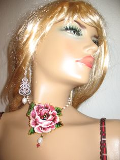 Necklace pink rose, Delica 10 and 11 Swarovski, natural pearls ...lena-style,unicat!