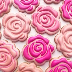 Stop and smell the roses...especially cookie roses. #decoratedcookies #cookiedecorating #sugarcookies #flowercookies #roses #rosecookies…