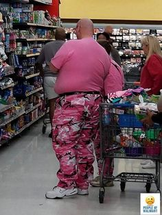 Humanity is an amazing amalgamation of personas and self expression and Walmart, of all places, is the greatest gallery. You get to people watch while you pick up a pack of TP. Here are some of the most colorful people of Walmart the internet has seen.