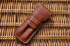 Beautiful handmade leather two pen case от MorganEsq на Etsy