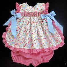 Delantal costura patrón, NB-4, instantánea Descargar PDF de Linny, bebé, recién nacido, niña, niño, fruncido o Unsmocked