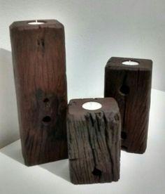 Castiçal em madeira de demoliçao obra de Neco Cunha