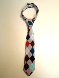 Boy's argyle necktie.
