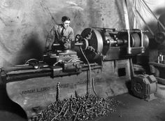 Javos Ironworks Lathe Machine, Machine Age, Machine Tools, Metal Working Machines, Industrial Machinery, Industrial Industry, Old Factory, Tool Shop, Industrial Revolution