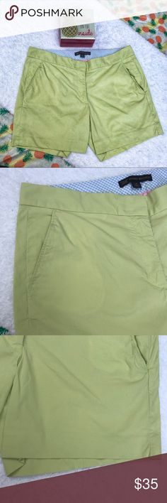 [Brooks Brothers] Lime Green Casual Chino Shorts Lightly Used | Excellent Condition | Lime Green Color | Chino Casual Style | 346 Brooks Brothers Collection | 4 Pockets | 2 Faux Pockets On Back | 2 Clasp & Zipper Closure | Waist: 15.5ins | Inseam: 5ins | Length: 13.5ins | 98% Cotton | 2% Spandex | Brooks Brothers Shorts