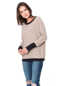 http://www.shopambience.com/feel_the_piece_cece_top_p/cb44230-feel-the-piece-top.htm