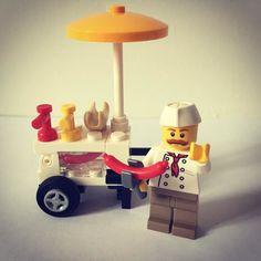 #lego #instalego #toystagram #toyphotography #toys #legophotography #legostagram #legominifigures #hotdog #minifigures #legofan #legobricks #brick #legophoto #instalego by small_world_lego