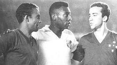 No grande Cruzeiro x Santos, o time de Tostão ignorou o de Pelé e levou a Taça Brasil de 1966 http://trivela.uol.com.br/no-grande-cruzeiro-x-santos-o-time-de-tostao-ignorou-o-de-pele-e-levou-a-taca-brasil-de-1966/…