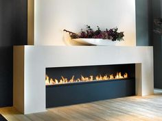 41 Gorgeous Contemporary Fireplace Design Ideas - Fireplaces - Home Linear Fireplace, Home Fireplace, Living Room With Fireplace, Fireplace Mantels, Marble Fireplaces, Modern Fireplaces, Wall Fireplaces, Mantles, Fireplace Ideas