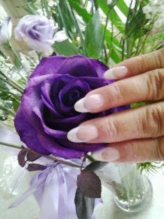 French acrylic nails sculpt