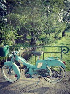 Cyclomoteur moped mobylette av 47 saint quentin france for Garage peugeot saint quentin