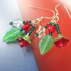 Christmas Earrings Holly Ivy Dangles Green by RoughMagicHolidays