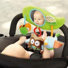 Juguete para el carrito de paseo de Skip Hop http://www.mibabyclub.com/tienda/juguetes-infantiles/juguetes-recien-nacidos/juguete-carrito-bebe-skip-hop-treetop-friends.html