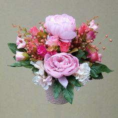 Csupa rózsaszín asztaldísz - Szárazvirág díszek webáruháza Floral Wreath, Wreaths, Home Decor, Floral Crown, Decoration Home, Door Wreaths, Room Decor, Deco Mesh Wreaths, Home Interior Design