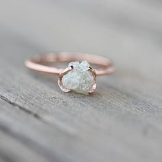 Rough Diamond Ring - 20 Rose Gold Wedding Bands to Make You Blush via Brit + Co. Bijoux Design, Schmuck Design, Jewelry Design, Ring Set, Ring Verlobung, Cute Jewelry, Jewelry Accessories, Jewlery, Etsy Jewelry