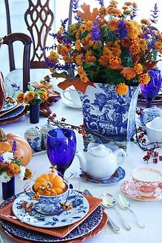 I love blue and orange, though am not quite ready for autumn so am ignoring the little pumpkins for now.
