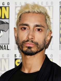 """Riz Ahmed attends Sony's """"Venom"""" and """"Spider-Man: Into The Spider-Verse"""" Press Lines during Comic-Con International 2018 at Hilton Bayfront on July 2018 in San Diego, California. Extraordinary Gentlemen, Celebrity Haircuts, Character Bank, Female Images, Face Claims, Hair Trends, Role Models, Character Inspiration, Male Faces"""