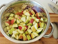 Acute Designs: CrockPot Apple Butter