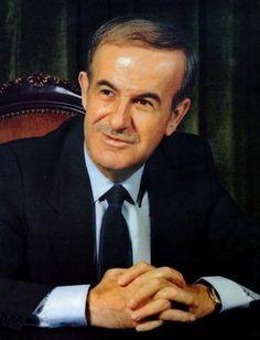 Hafez_al-Assad_1.jpg (330×431)