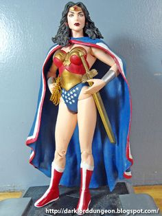 Presenting one of the worst action figures in the Dungeon, DC's Infinite Crisis Wonder Woman: