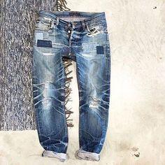 "Reposting @denimbilly: ... ""#selvedge #selvedgesunday #denim #denimondenim #indigoblue #indigo #jeans #denimhead #fade #denimfade #denimporn #denimbilly @jmgrond"""