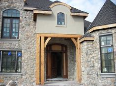 Another company who uses RAY-CORE Structural Insulated Panels SIPs for Energy Efficiency and STYLE
