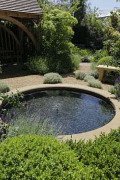 Chelsea Flower Show F&F's favourites Pond Landscaping, Ponds Backyard, Garden Pool, Garden Beds, Raised Pond, Round Pool, Pond Design, Water Features In The Garden, Garden Fountains