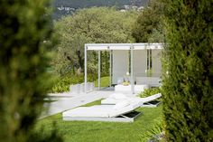 From the Mediterranean Costa Blanca to the aromatic Provence Garden Furniture, Furniture Design, Outdoor Furniture, Outdoor Decor, Outdoor Life, Outdoor Living, Fun Projects, Provence, Sun Lounger