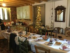 Rustic traditional Christmas lunch by Stellart!!