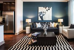 Love the back wall color for a contrast wall