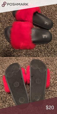 ❣️Super cute fuzzy slippers❣️Hard soles Cute red furry slippers with hard bottoms! Size 9 Shoes Slippers