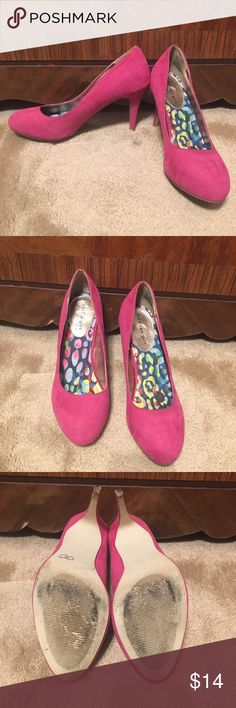 Madden Girl Heels, 9! Size 9. Textile upper. Pink. Heel is 3 3/4 inches. The lining in each shoe is lifting. Does have some signs of wear. Faux suede. Perfect pop of pink. Madden girl by Steve Madden. Shoes Heels