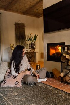 Super cozy by the fireplace, enjoying best Ribatejo Wine Winter Magic, Spa, Cozy, Wine, Country, House, Rural Area, Home, Haus