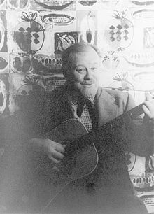 Burl Ives. Around 1931 he began performing on WBOW radio in Terre Haute, Indiana. He also went back to school, attending classes at Indiana State Teachers College (now Indiana State University).