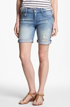 I like the mid-length on these ~ not too short but not hitting the knee either. {KUT from the Kloth Boyfriend Denim Shorts}
