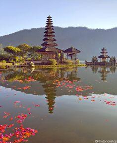 A la découverte des temples de Bali : Temple d'Ulu Danu, Indonésie (Pura Ulun Danu Bratan, Bali, Indonesia)
