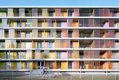 Housing development in Brunnenhoff, Zurich - Gigon Guyer Parametric Architecture, Colour Architecture, Architecture Images, Facade Architecture, Contemporary Architecture, Gigon Guyer, Master Thesis, Glass Balustrade, Social Housing