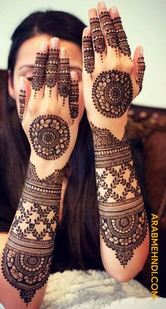50 Most beautiful Tikki Mehndi Design (Tikki Henna Design) that you can apply on your Beautiful Hands and Body in daily life. Wedding Henna Designs, Pretty Henna Designs, Indian Henna Designs, Floral Henna Designs, Back Hand Mehndi Designs, Stylish Mehndi Designs, Latest Bridal Mehndi Designs, Full Hand Mehndi Designs, Henna Art Designs